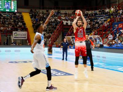 Basket, Serie A: Milano espugna Napoli e vince la prima