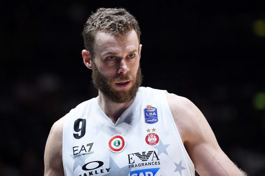 LIVE Brindisi Olimpia Milano 37 47, Supercoppa Italiana basket in DIRETTA: pugliesi che restano in match da oltre l'arco