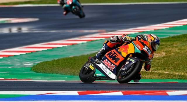 Moto2, pole per Raul Fernandez a Misano, 8° Marco Bezzecchi il migliore degli italiani