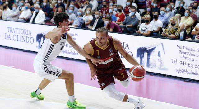 Basket, Supercoppa Italiana 2021-2022: Venezia batte la Fortitudo Bologna in casa, Treviso sconfigge Napoli in trasferta