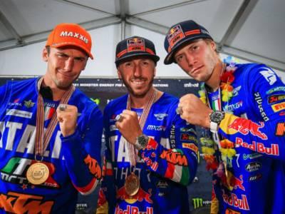 Motocross delle Nazioni: Tony Cairoli, Guadagnini, Lupino premiati con l'anello – FOTO