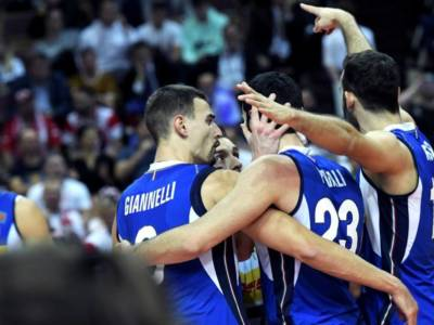Volley, sono giovani d'oro! Italia campione d'Europa, Slovenia piegata al tie-break! Estasi totale!