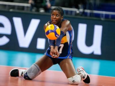 Volley, Miriam Sylla infortunata al ginocchio: la capitana dell'Italia salterà l'inizio di stagione. Terapie in Spagna