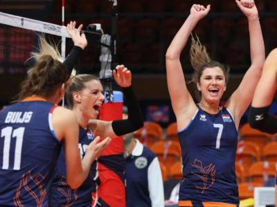 Volley, l'Italia trova l'Olanda in semifinale. Daalderop e Buijs le stelle, squadra molto cambiata