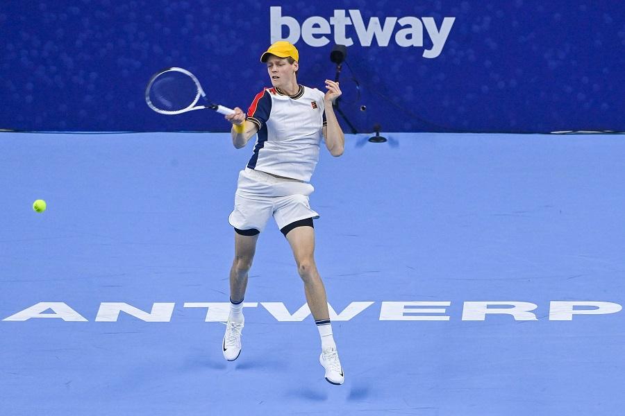 LIVE Sinner Opelka 6 4 0 1, ATP Vienna in DIRETTA: l'altoatesino conquista il primo set