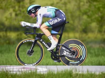 Ciclismo, Paris-Bourges 2021: Meeus batte in volata Démare e Bonifazio