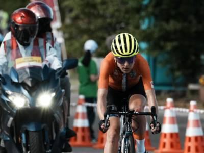 Ciclismo donne, Annemiek Van Vleuten già in sella a due settimane dalla frattura patita alla Roubaix