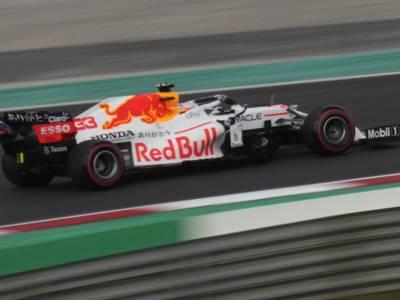 F1, Red Bull domina la classifica dei pit-stop: Verstappen indemoniato, sosta da 1.88! Ferrari sesta: c'è da migliorare