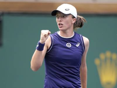 WTA Indian Wells 2021: Paolini e Sasnovich eliminano Mertens e Raducanu. Swiatek e le altre big avanti senza problemi