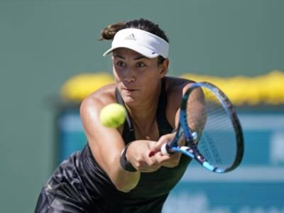 WTA Indian Wells 2021, scivolano Muguruza e Sakkari. KO per Camila Giorgi e Martina Trevisan