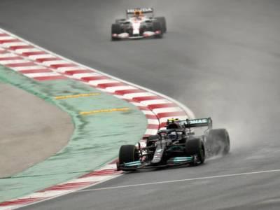 F1, Bottas domina il GP di Turchia, Verstappen torna leader. Ferrari ottima con la nuova power-unit