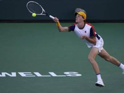 Tennis, Jannik Sinner fa ancora fatica nei Masters 1000 e negli Slam. Con una eccezione