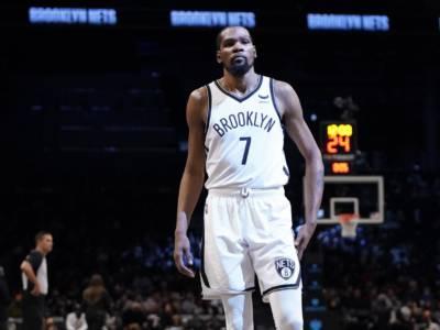 NBA 2021-2022: parte la stagione regolare. Brooklyn Nets favoriti, ma con il nodo Irving. Bucks e Lakers pronti alla sfida