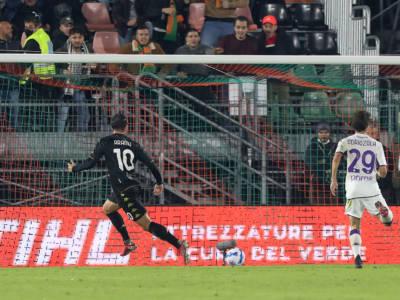 Serie A: basta Aramu al Venezia, Fiorentina ko nel posticipo