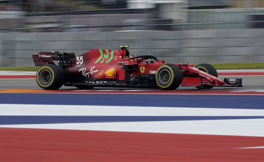 """F1, Carlos Sainz: """"Contento di questo venerdì, il ritmo è buono"""""""