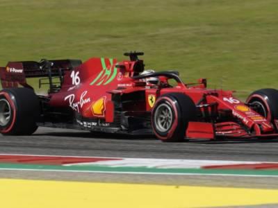 F1, strategie differenti per la Ferrari nel GP di Austin: gomme diverse al via per Leclerc e Sainz