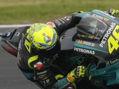 """LIVE MotoGP, GP Misano in DIRETTA. Valentino Rossi scherza: """"Non so se farò le ultime due gare…"""""""
