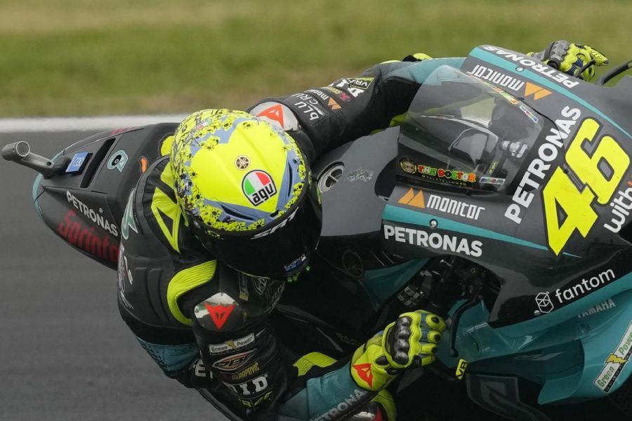 LIVE MotoGP, GP Misano in DIRETTA: Bagnaia in testa, inizia la rimonta di Quartararo