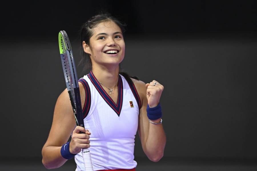 WTA Cluj Napoca II 2021: Emma Raducanu, fatica e vittoria all'esordio. Begu fuori, Kostyuk avanti