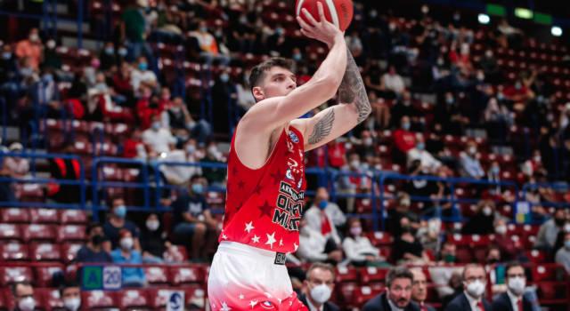LIVE Varese-Olimpia Milano 79-82, Serie A basket in DIRETTA: l'Armani Exchange si impone nel derby e fa tre su tre in campionato