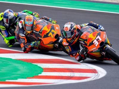 VIDEO Moto3, GP Emilia Romagna 2021: gli highlights delle prove libere bagnate di Misano