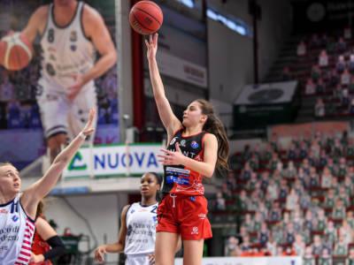Basket Femminile, prima giornata Serie A: Masnaga corsara contro Sassari, Campobasso batte Empoli