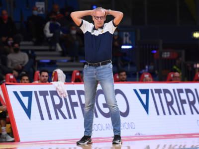 Basket: Aza Petrovic si dimette, Pesaro seconda panchina che salta in Serie A