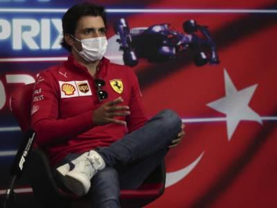 """VIDEO F1, Carlos Sainz: """"Un Gran Premio divertente! Vogliamo più gare simili"""""""