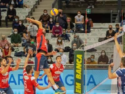 Volley, Superlega anticipi 2a giornata. Padova e Taranto: colpi esterni negli scontri salvezza