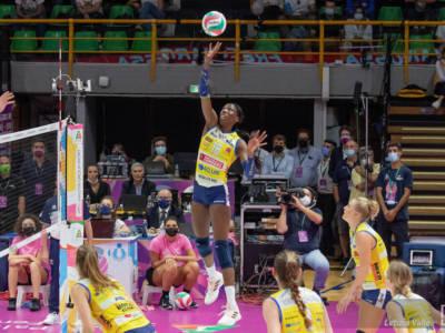 Volley, serie A1 femminile, 3. giornata. Conegliano è imbattibile: superata Novara e primo posto a punteggio pieno