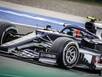 F1, Pierre Gasly precede Verstappen nella FP3 bagnata in Turchia. 4° Sainz davanti a Leclerc, 18° Hamilton non rischia