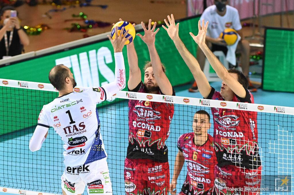 Volley, Supercoppa 2021. La finale che non ti aspetti: Monza e Trento vogliono alzare il primo trofeo della stagione