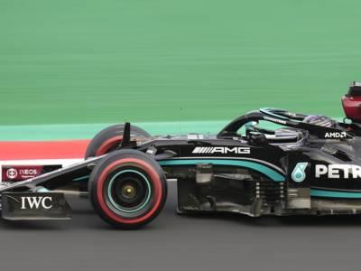F1, perché Lewis Hamilton subirà una penalità di 10 posizioni in griglia, occasione Verstappen e attenzione a Leclerc!