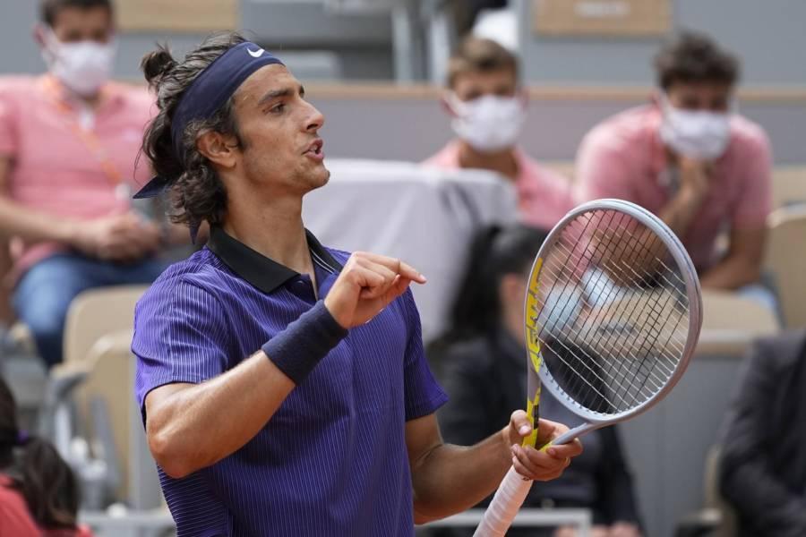 ATP Vienna 2021, Lorenzo Musetti cede all'esordio a Gael Monfils