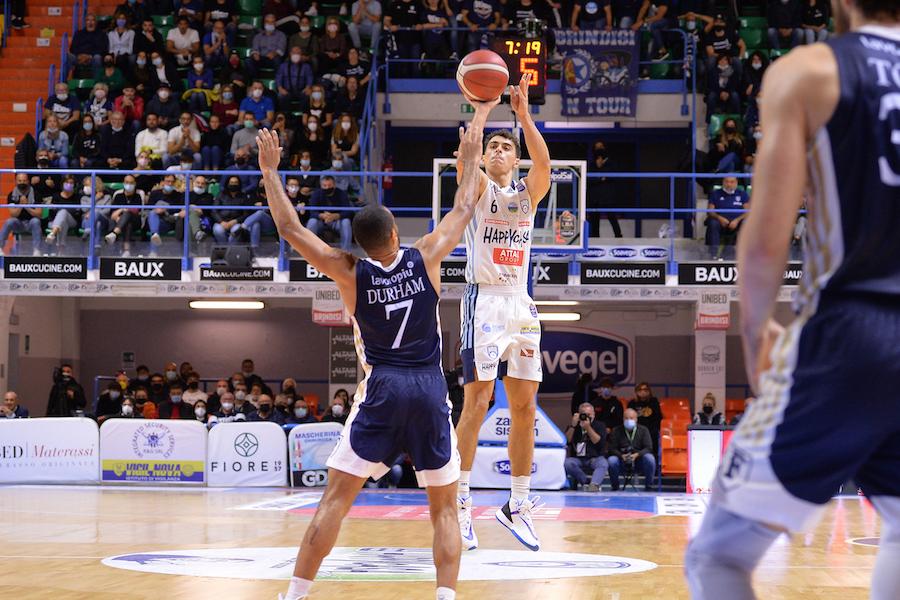 Basket, Serie A 2021 2022: Brindisi vince l'anticipo contro la Fortitudo Bologna