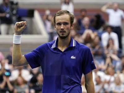 Masters1000 Indian Wells 2021, Medvedev, Ruud e Hurkacz agli ottavi di finale, eliminato Rublev
