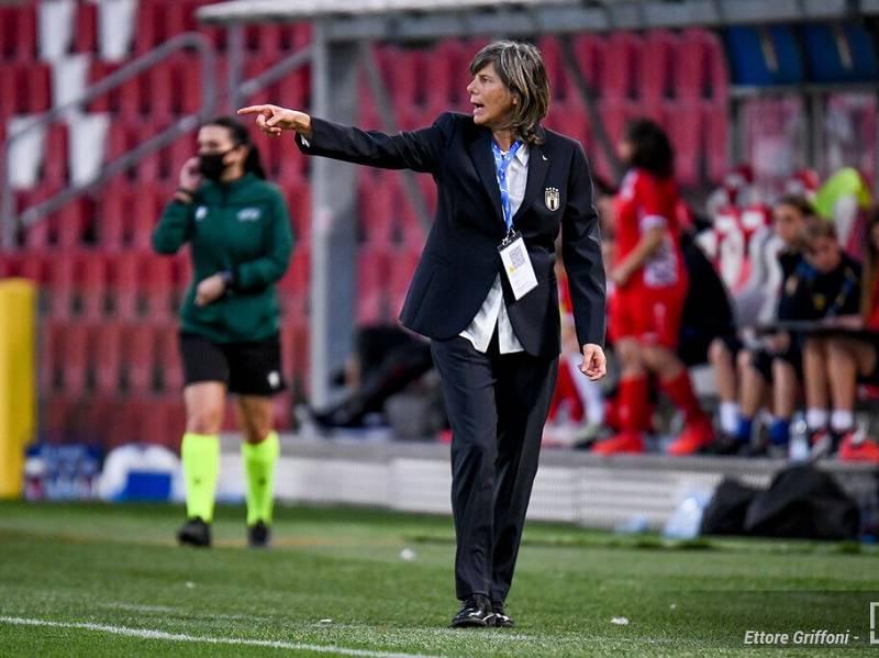 """Calcio femminile, Milena Bertolini: """"Non c'è nulla di scontato, le ragazze hanno fatto quel che dovevano"""""""