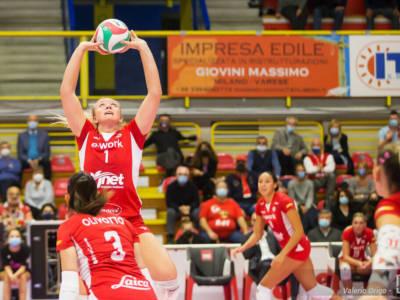 Volley femminile, Serie A1 2021-2022: Busto Arsizio, notte da regina! Monza e Scandicci ok