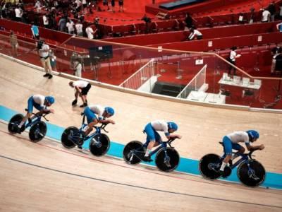 LIVE Ciclismo su pista, Mondiali in DIRETTA: Martina Fidanza oro! Ganna e gli azzurri distruggono la Gran Bretagna