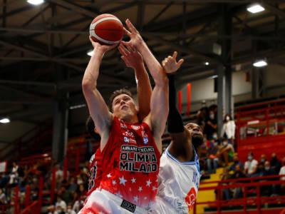 LIVE Olimpia Milano-Trento 93-72, Serie A basket in DIRETTA: netta vittoria dell'Olimpia, trascinata da Shields e Moraschini!