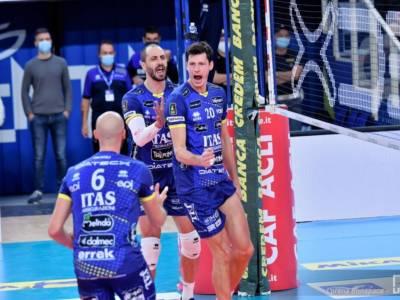 Volley, Superlega: Trento sbanca Vibo Valentia (1-3) e conquista la testa a punteggio pieno