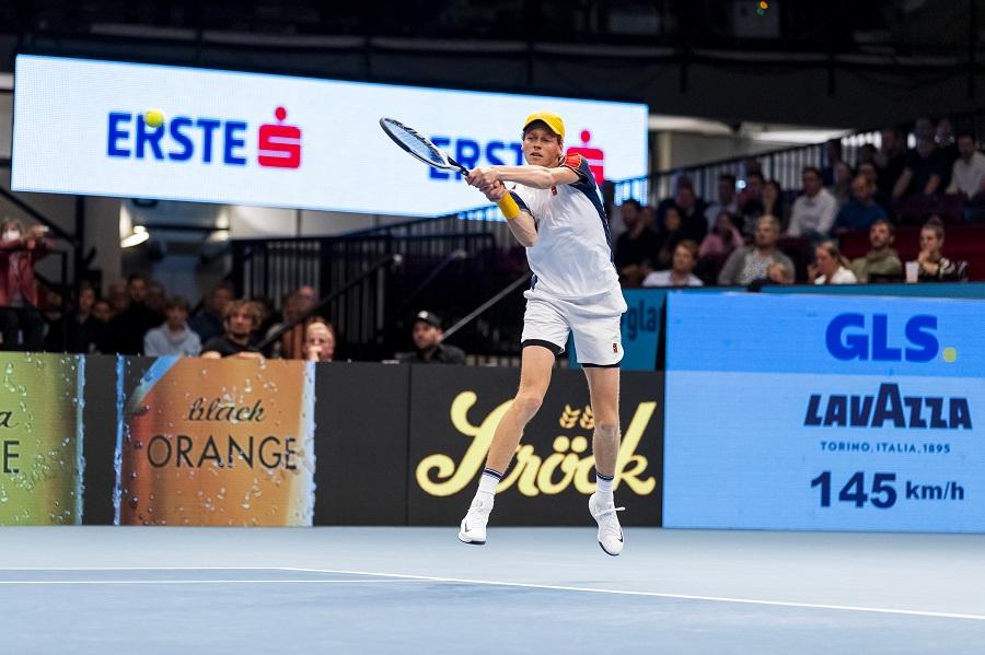 VIDEO Sinner Novak 6 4, 6 2, ATP Vienna: highlights e sintesi. Facile vittoria dell'altoatesino