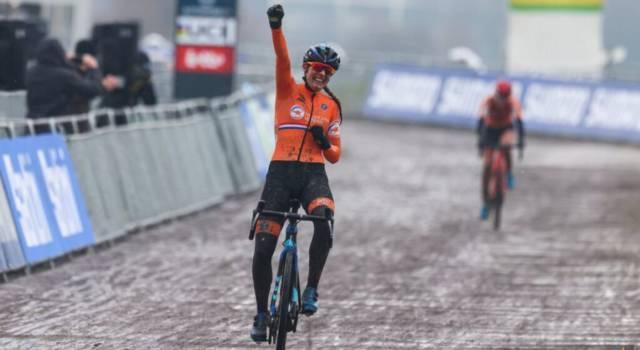 Ciclocross, Lucinda Brand trionfa in Coppa del Mondo a Fayetteville