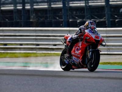 MotoGP, tripletta Ducati sul bagnato in FP3 a Misano. Bagnaia e Quartararo in Q1