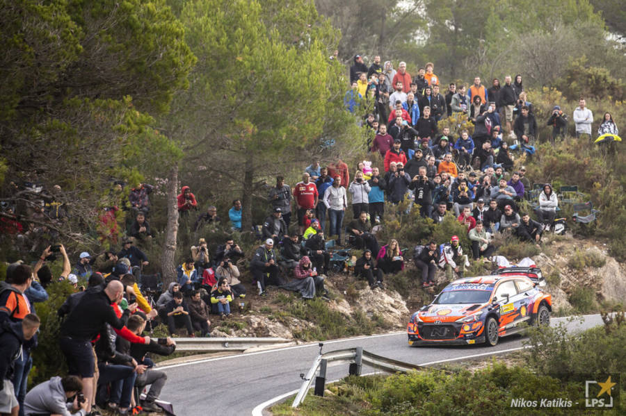 Rally, Spagna day 3: Thierry Neuville controlla e vince