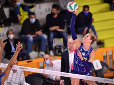 Volley, Serie A1 Femminile 2021/22: primi tre punti per Scandicci contro Bergamo. Ekaterina Antropova MVP