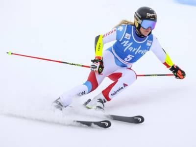 Sci alpino, Lara Gut-Behrami 0.02 avanti a Shiffrin nella prima manche a Soelden. Avvio da incubo per l'Italia