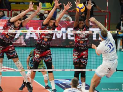 Volley, SuperLega 2021-2022: Monza batte Modena nel big-match! Perugia liquida Cisterna, ok Piacenza