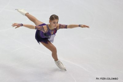 01-pattinaggio-Alena-kostornaia-ph-pier-colombo.jpg