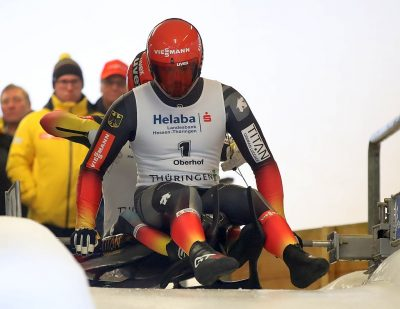 1024px-2019-12-22_Doubles_at_German_Luge_Championships_Oberhof_2019_by_Sandro_Halank–003.jpg